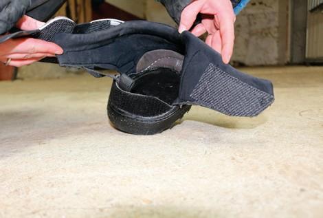 Active Jogging Shoe anziehen öffnen
